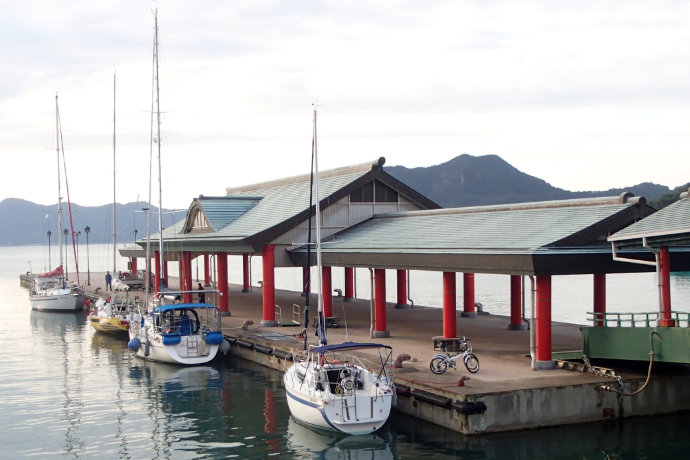 A photo of Silk Purse moored at one of the best Umi no Eki, at Ohmishima, Ehime, in the Seto Inland Sea